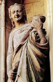 Jungfrauen und Apostel in Schönheitskur