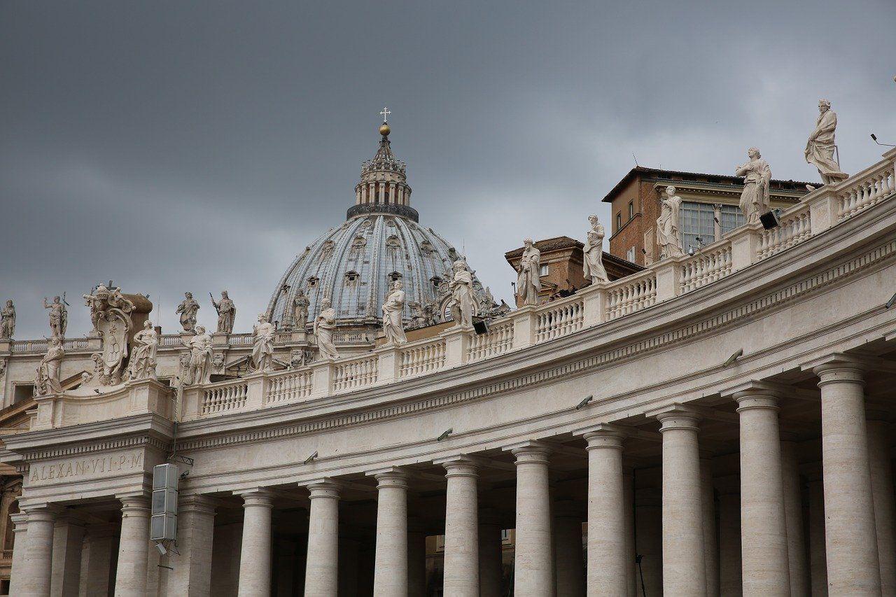 Papst belässt Kölner Erzbischof und Weihbischöfe im Amt
