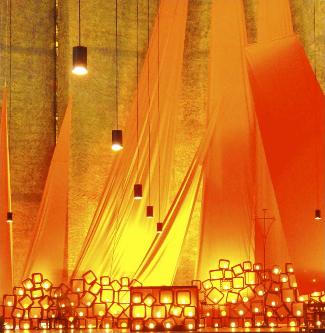 Nächtliches Licht im Dom